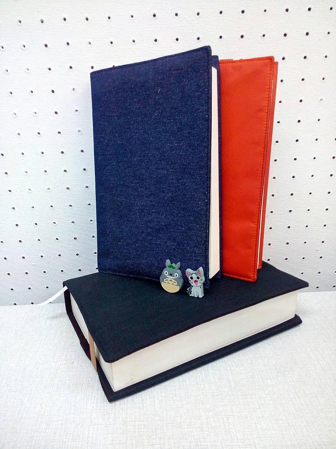 ปกหนังสือผ้า handmade สายรัดป้องกันปกยับ กันน้ำ ขยายขนาดได้