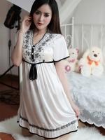 ชุดนอนผ้าลื่นสีขาว(1598) (S / M / L / XL / XXL)