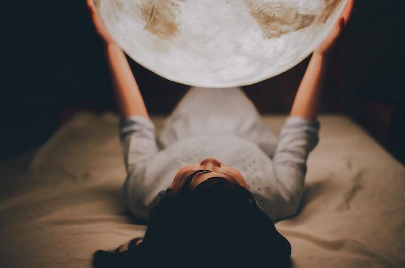 โคมไฟดวงจันทร์ 5