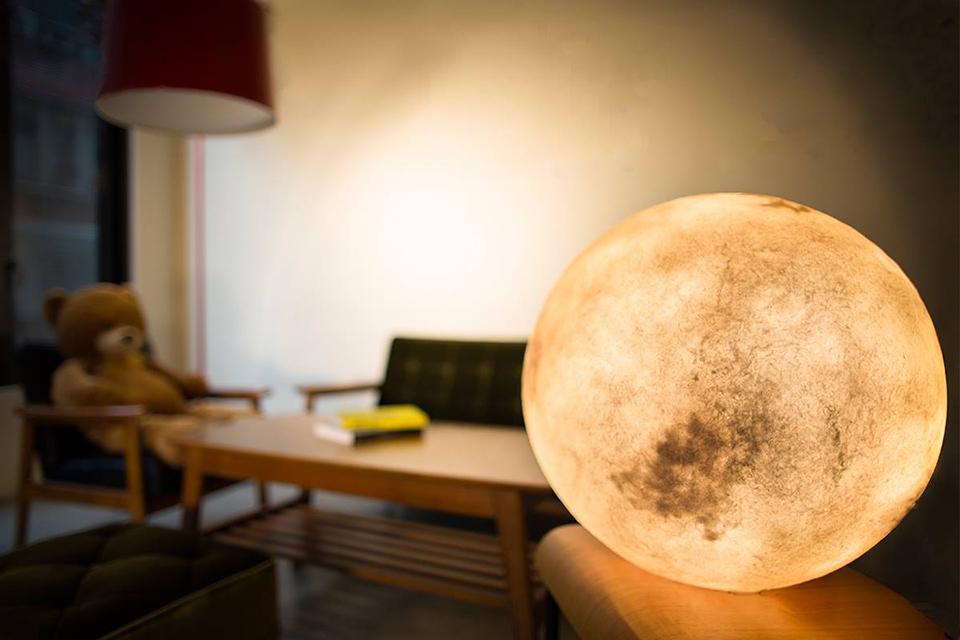 โคมไฟดวงจันทร์ 1